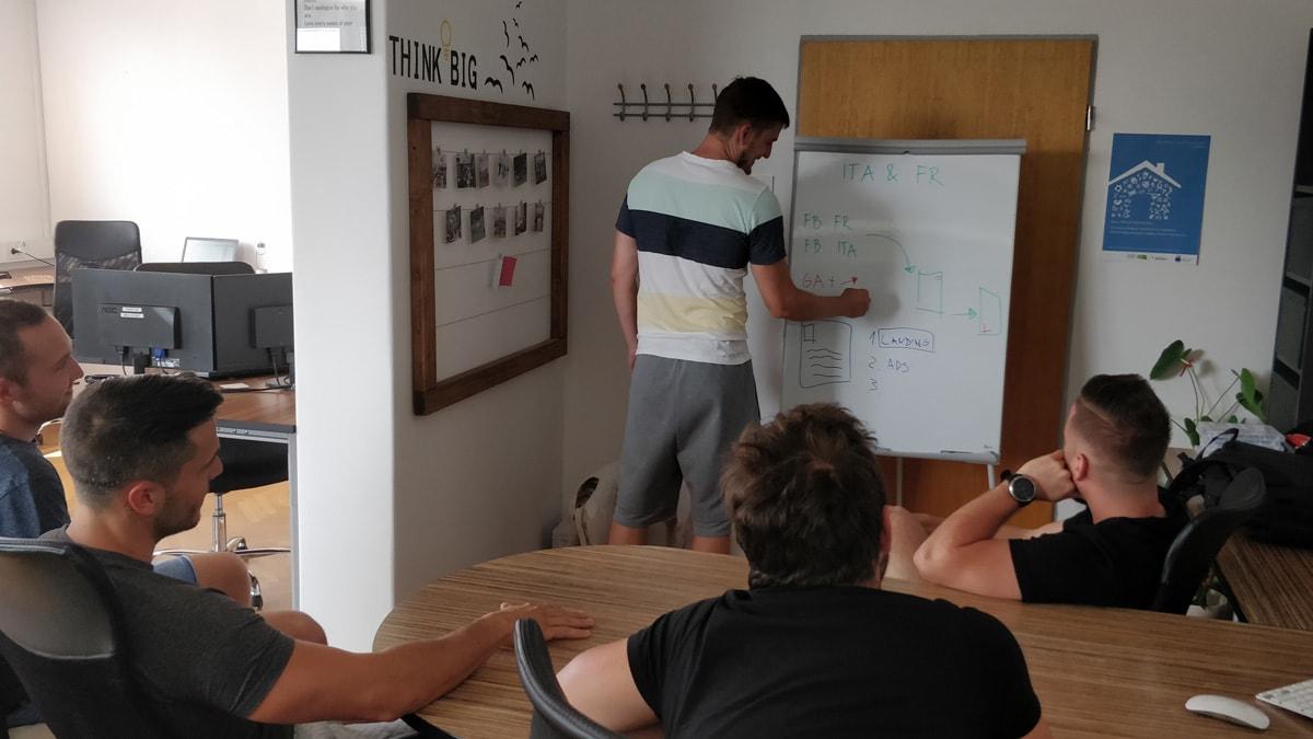 Izobraževanje v okvirju projekta POPOLNA POSTAVA DIGI+
