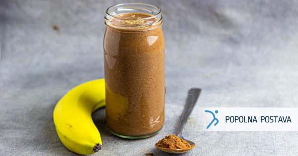 Čokoladni smoothie z banano